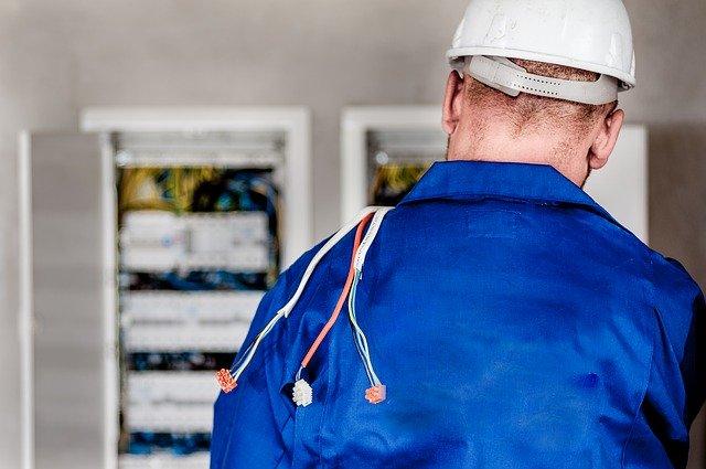 Quelles qualités pour faire un bon électricien ?